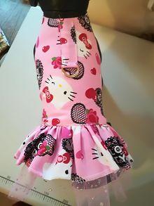Розови роклички Hello Kitty