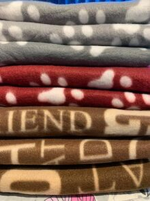 Цветни поларени одеялца 100/100см